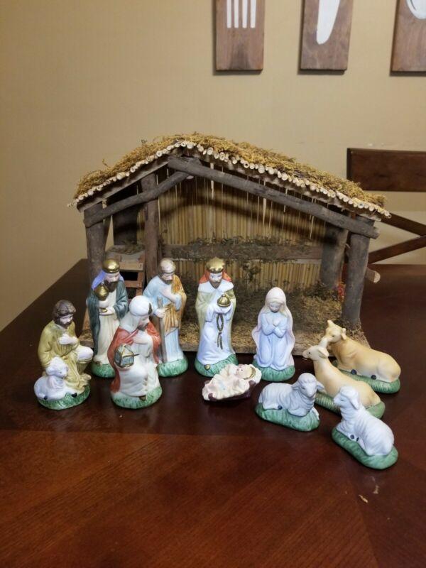 Vtg Sears 11 Piece Nativity Set Hand Painted Porcelain W/ Stable & Box #7197930