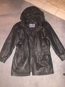 Women's Leather Cost Small