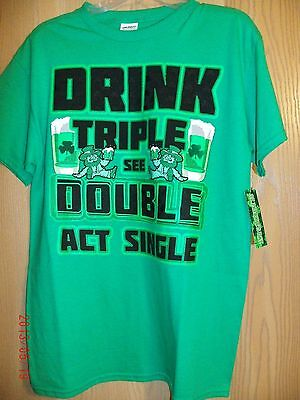 St Pattys Day T-shirt Basic Mens short sleeve Green & White Drinking Size M  - St Pattys Day Drinks