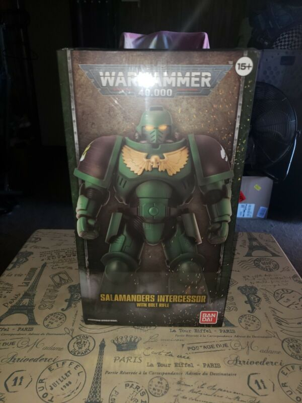 Warhammer 40,000 Salamanders Intercessor Figure