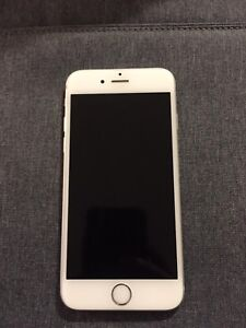 Iphone 6S - 32gb, Silver in great condition!