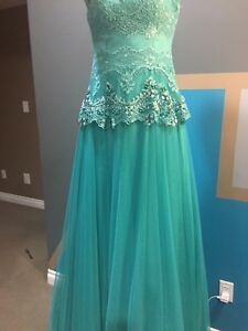 Beautiful Turquoise dress