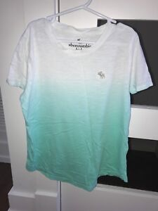 Abercrombie tee shirt size 13/14 kids