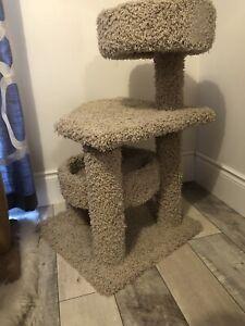 Cat tree / cat bed
