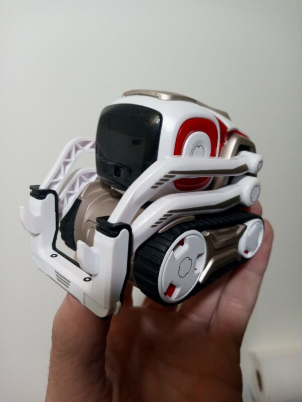 Anki Cozmo Robot Toy - Robot And Charger