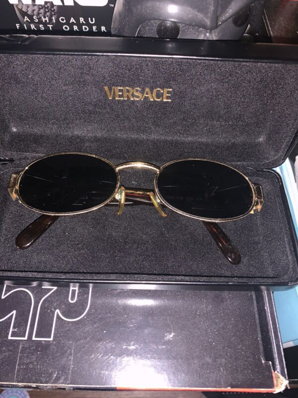 Vintage Versace sunglasses Gold Early 90s With Case Modx18