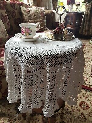Vintage Crocheted Round Tablecloth, Approx 97cm Diameter