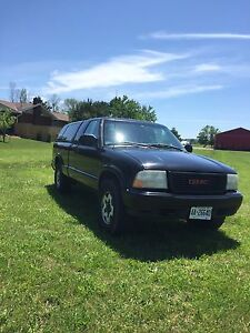 2001 GMC Sonoma extended cab 4x4
