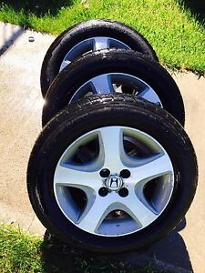 195/60r15 tires on Honda Civic wheels