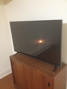 42' flatscreen smart tv for sale