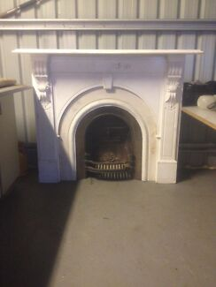 Mantlepiece fireplace Bacchus Marsh Moorabool Area Preview