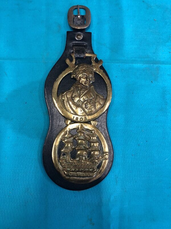 Draft Horse Medallion With Leather Back And Buckle England Victory 1805