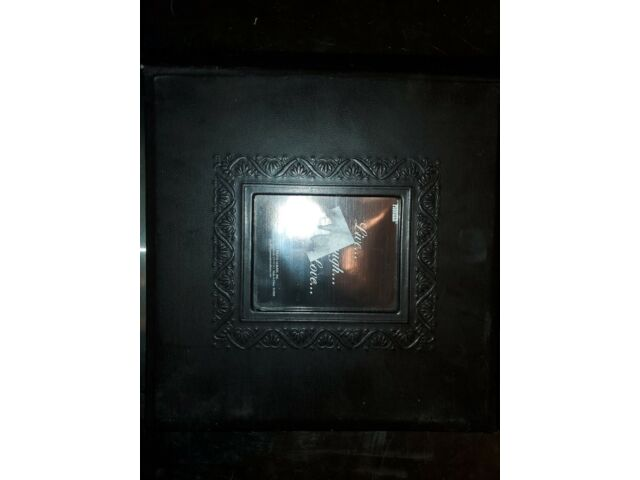 Pioneer 4 x 6 Photo Album Holds 200 DA-200EMBF, BLACK EMBOSSED