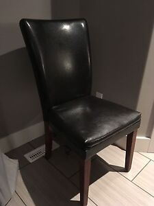5 leather dining chairs wood legs
