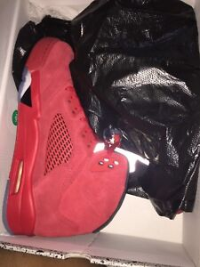 SELLING JORDAN RED SUEDE 5 SIZE 10 $275 DS