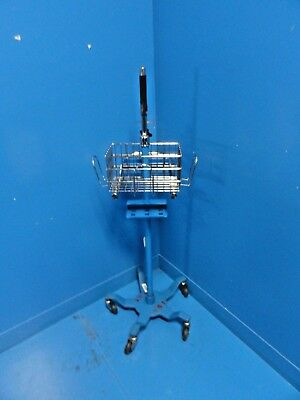 Ge Critikon Dinamap Pro Series Monitor Mobile Blue Stand W Adapter Mount15252