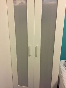 Wardrobe for free. Coogee Eastern Suburbs Preview