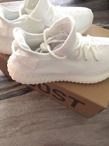 YEEZY CREAM WHITE
