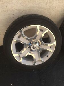 "22"" Limited Ford F-150 Wheels With TPMS And 275/45R22 Tires"
