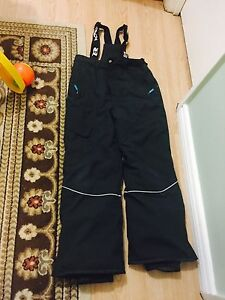 Snow pants and  jacket size 12 Kitchener / Waterloo Kitchener Area image 3