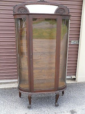 ANTIQUE OAK CURVED GLASS CHINA CABINET / CARVED MIRRORED TOP - Glass China Top
