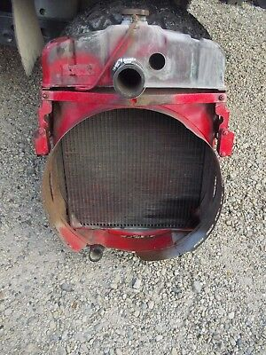 Farmall 300 Tractor Original Ih Ihc Engine Motor Radiator Assembly W Fan Shroud