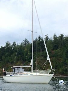 1977 Catalina 30' Sailboat
