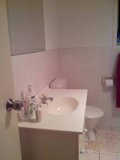 Kingswood - room for rent (utilities included) Kingswood 2747 Penrith Area Preview