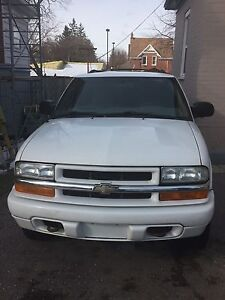 2004 Chevy Blazer Kitchener / Waterloo Kitchener Area image 2