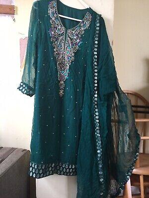 Pure Chiffon Green Shalwar Kameez Suit  ()