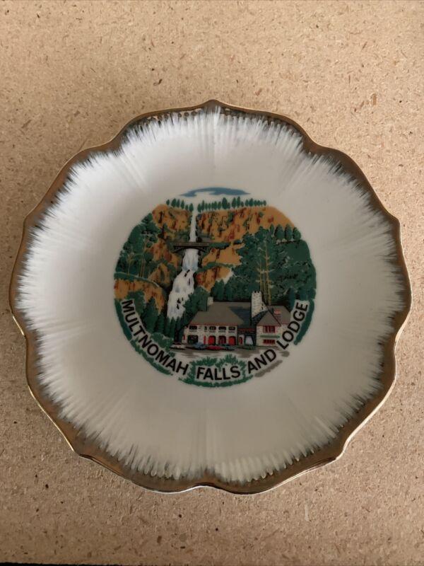 Multnomah Falls and Lodge plate