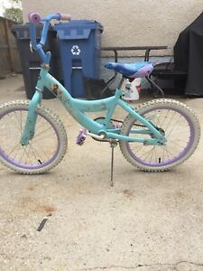 Girls frozen bike!! Great condition!