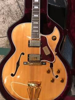Byrdland Gibson Electric Guitar