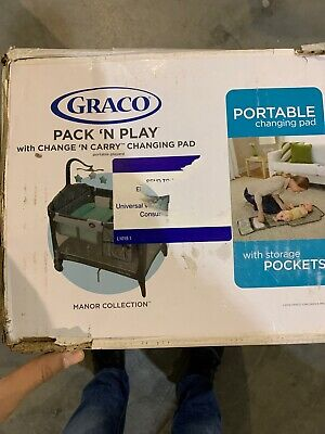 New Graco Pack 'n Play With Change N Carry Charging Pad Manor Collection