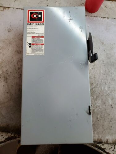 Cutler Hammer 100 Amp Fused Safety Switch 240 Vac 15 Hp 1 Phase Dg223ngb