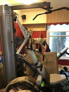Precor USA S3.25 strength training fitness machine