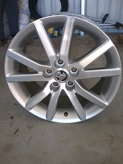 Vf commodore International alloy wheels for sale