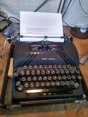 Smith corona silent black great condition typewriter manual portable case