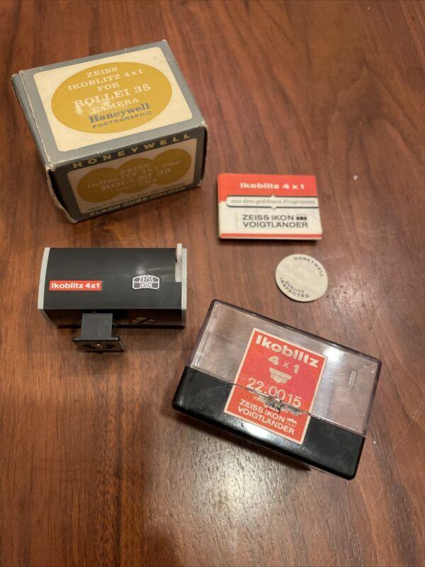 Zeiss Rollei 35 Flash Cube Holder Ikoblitz 4x1 Great condition