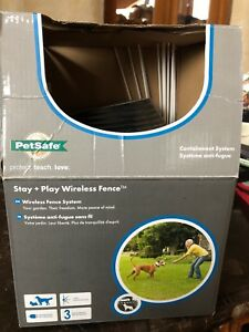 PetSafe wireless pet containment system/ wireless fence