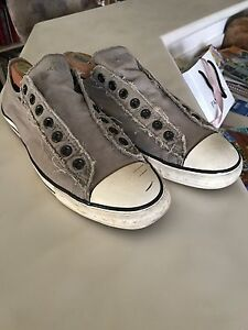 Converse Laceless Sneakers men's size 11