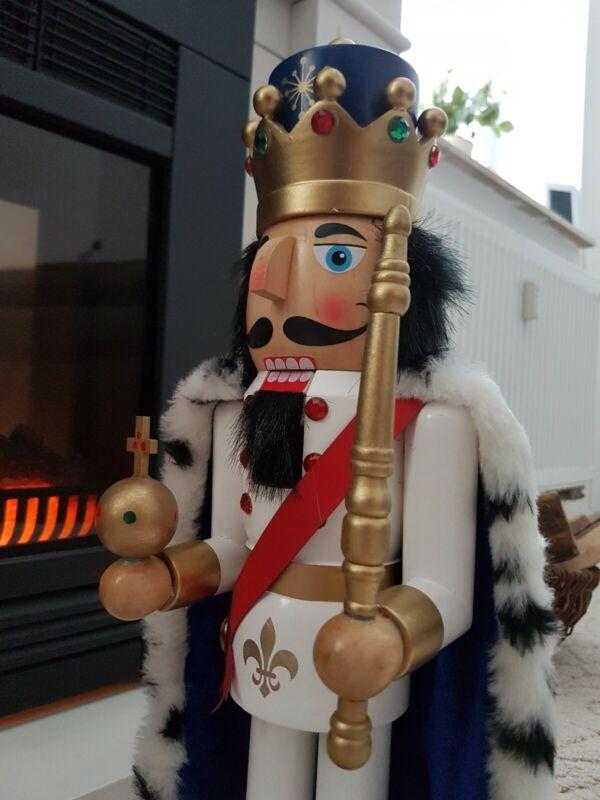 Nussknacker König Schlossherr von Neuschwanstein *  aus  Holz 50cm groß