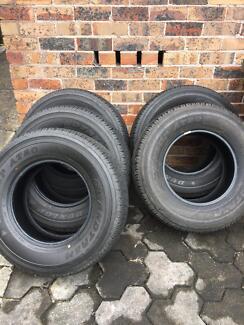 Tyres- Dunlop AT20 Grandtrek 255/70R16 x 5 New