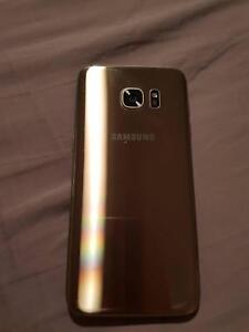 Samsung Galaxy s7 Edge 32GB Gold, great working condition