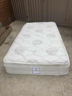 Sealy king single pillow top mattress in very good condition