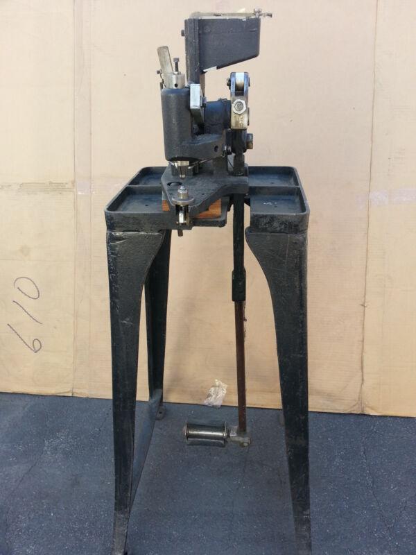 Semi Automatic NailHead Machine, Size 5