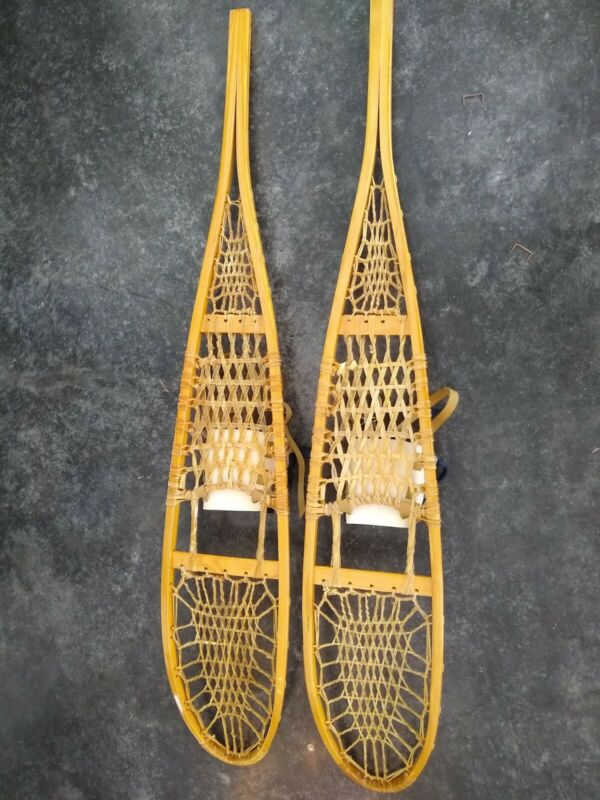 VINTAGE TUBBS VERMONT WOOD SNOW SHOES 10X56 w/ BINDINGS & REAL RAWHIDE LACING