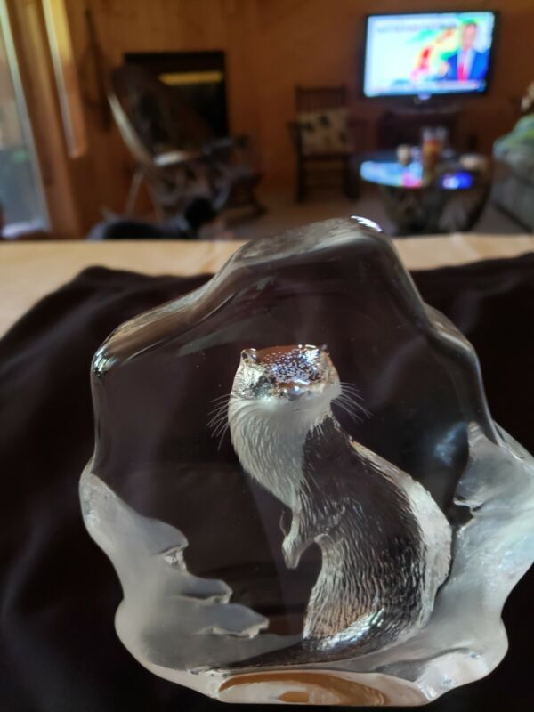"""LARGE 6 1/2"""" FULL LEAD CRYSTAL MATS JONASSON SWEDEN OTTER SCULPTURE with Box"""