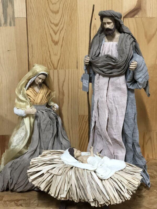 """RAZ Imports Large 17.5"""" Holy Family S/3 Beautiful Elegant Christmas NEW Nativity"""