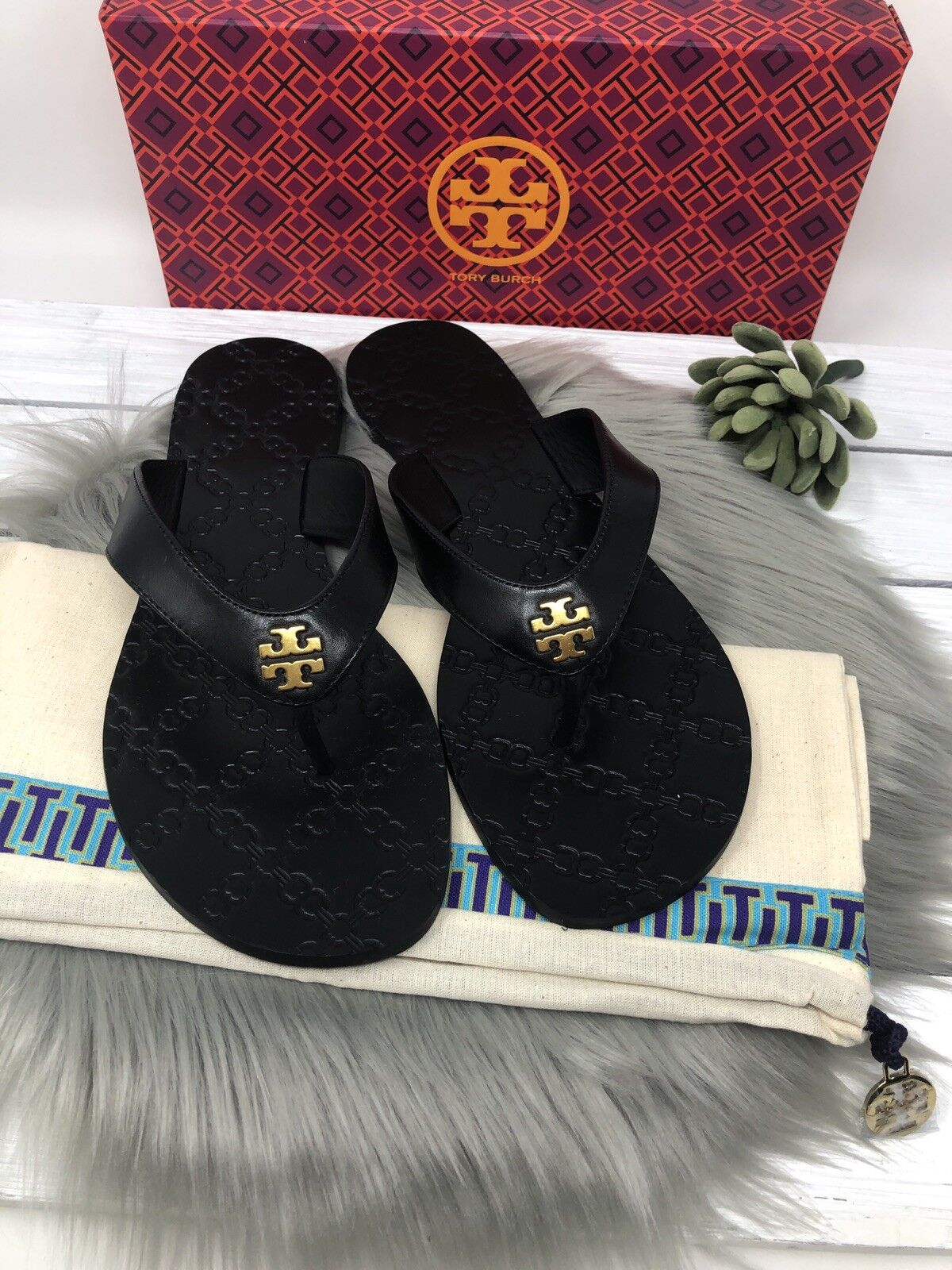 NIB Tory Burch Monroe Thong Sandals Flip Flops - Black - 8,9